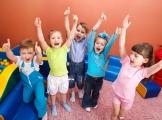Kompetencje społeczno-emocjonalne – jak je rozwijać u dzieci?