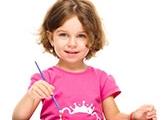 Trzylatek w przedszkolu – po pierwsze: nauka przez zabawę