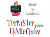 """PWN wspiera akcję Caritas """"Tornister pełen uśmiechów"""""""